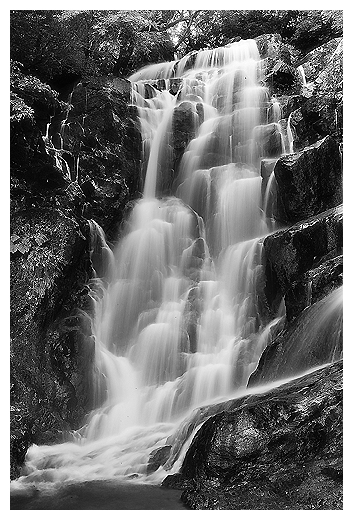 waterfall008.jpg